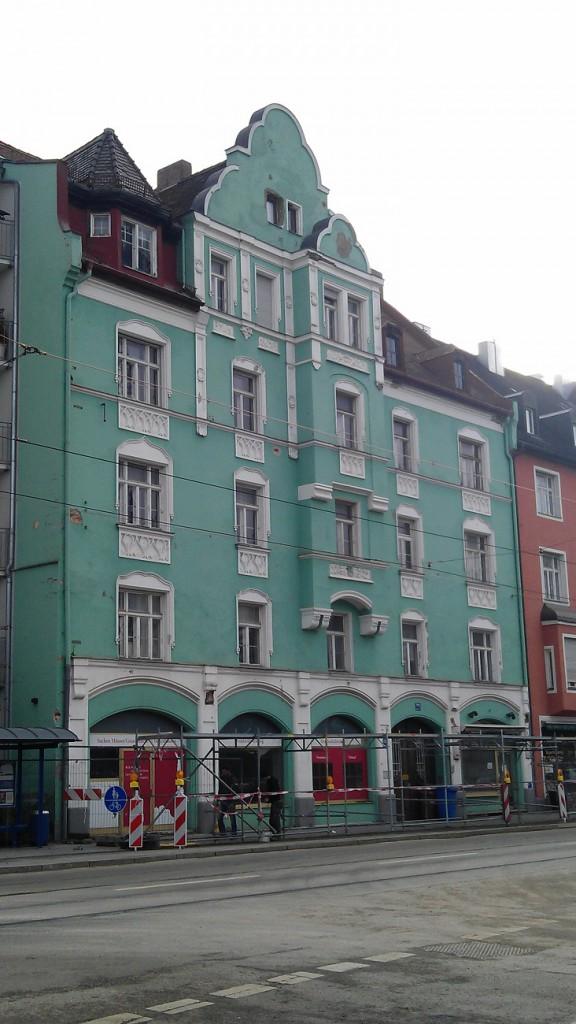 Die preisgekrönte Fassade des denkmalgeschützten in ihrem aktuellen Zustand.