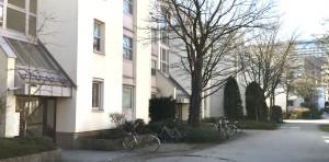 Immer mehr Medizintouristen mieten sich für kurze Zeit in Wohnungen der Gebäude an der Elektrastraße im Arabellapark ein.
