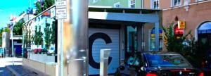 Ein fahrt der Anwohner-Tiefgarage an der Donnersbergerstraße in Neuhausen, in der 284 Autos abgestellt werden können.   Foto: Park + Ride München