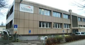 Die Niederlassung der Firma MBtech an der Eggenfeldener Straße 104, wo künftig ganzjährig rund um die Uhr Antriebssysteme getestet werden.
