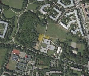Die favorisierte Variante für den WHG-Neubau (drei graue Flächen) am Salzsenderweg (Gebäudelage ist ein Vorschlag) im Fideliopark.