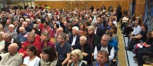 Mehr als 350 Bürger waren vergangenes Jahr zur Bogenhauser Einwohnerversammlung gekommen, einige verfolgten Berichte und Anträge sogar stehend.