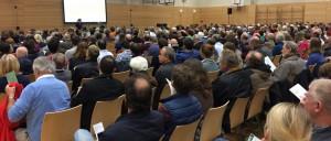 Mehr als 500 Anwesende: Die Bürgerversammlung Bogenhausen im Wilhelm-Hausenstein-Gymnasium war so gut besucht wie nie ein Einwohnertreffen zuvor.    Foto: hgb