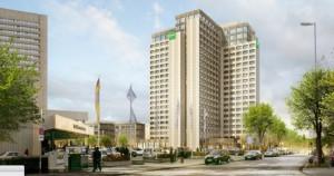 So soll Ende 2017 die sanierte Konzernzentrale der BayWa an der Arabellastraße aussehen, wenn alles fertig gestellt ist. Links das Westin Grand Hotel.  Visualisierung: Hild und K Architektur
