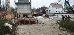 Ein Café und 129 Wohneinheiten werden auf dem Grundstück an der Ecke Englschalkinger -/Ecke Vollmannstraße gebaut.    Foto: hgb