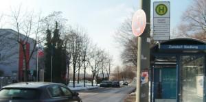 Die Fahrzeit mit dem Bus vom Zamilapark zum Max-Weber-Platz hat sich nach Inbetriebnahme der Straßenbahn Steinhausen im Dezember von ursprünglich neun Minuten auf nunmehr 17 bis 27 Minuten verlängert.   Foto: hgb