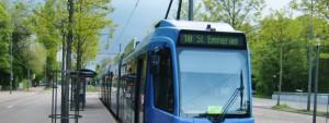 Tram St. Emmeram: Aus der Linie 18 wird zum Fahrplanwechsel am 10. Dezember die Linie 17. Foto: hgb