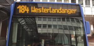 Die Forderung des Bezirksauschusses, an der Endhaltestelle der Buslinie 184 Westerlandanger, einen Fahrkartenautomaten zu installieren, hat die Münchner Verkehrsgesellschaft (MVG) aus Wirtschaftlichkeitsgründen abgelehnt.     Foto: hgb
